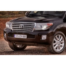 Решетка рестайлинг на Toyota Land Cruiser 200