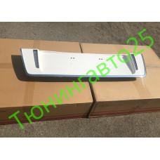 Накладка под задний номерной знак в стиле TRD Superior белая для LX570