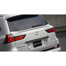 Спойлер под стекло на Lexus LX570/450d 16-17